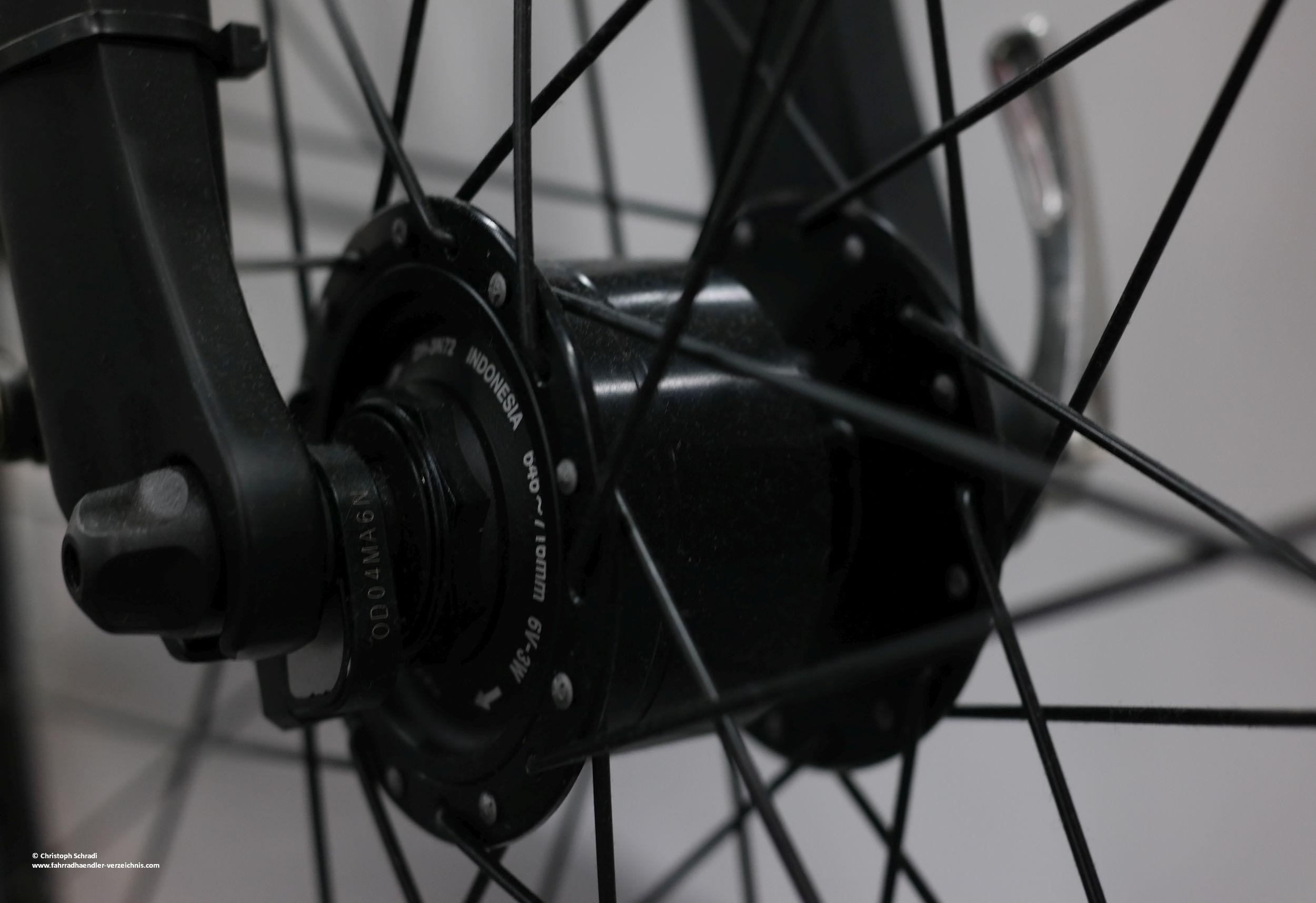 licht am e bike pedelec nachr sten umr sten anbauen. Black Bedroom Furniture Sets. Home Design Ideas